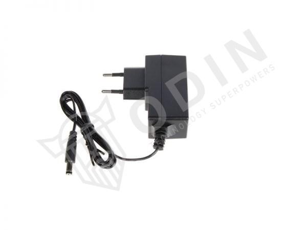 Hikvision DS-3E0105D-E Switch 5 porte ethernet 10/100 Mbps